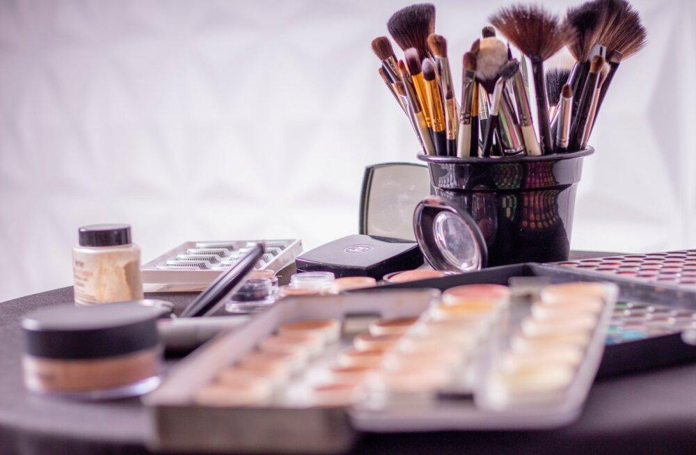 5 хитростей макияжа, которые помогут сделать лицо более худым