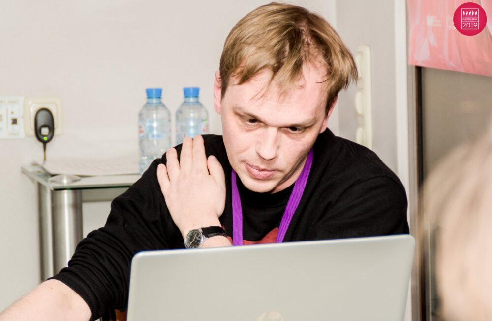 """Задержанному журналисту """"Медузы"""" Ивану Голунову предъявлено обвинение в попытке сбыта наркотиков"""