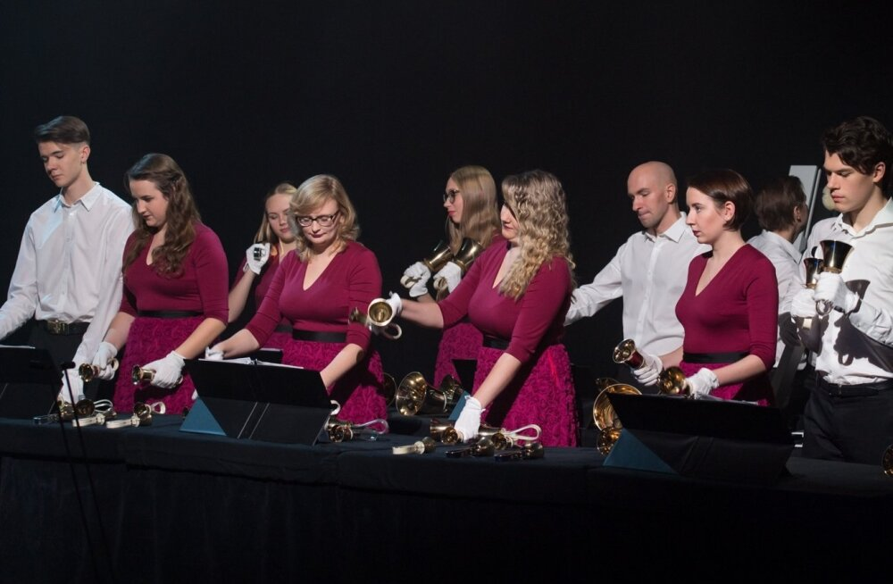 Jõululaupäeval kõlavad kaunimad jõululaulud Arsise kellade ansambli esituses.