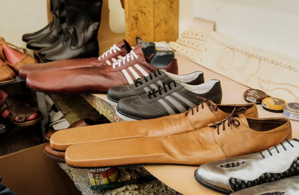 ФОТО | Придумана обувь для соблюдения социальной дистанции