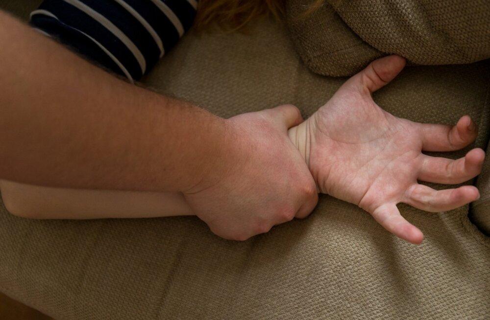 57-летнему эстонцу дали в Финляндии срок за то, что он напоил и изнасиловал 14-летнюю девочку