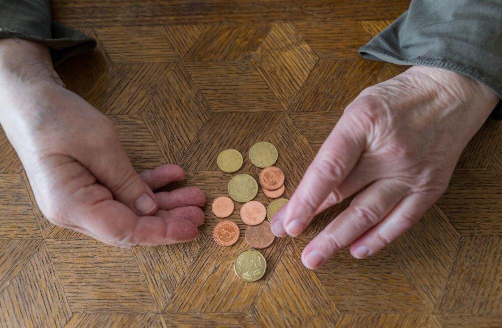 Eesti Panga ökonomist: inimesed ei säästaks vabatahtlikult piisavalt, et II samba puudumist tasa teha