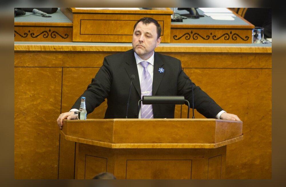Riigikogu katkestas riigieelarve seaduse eelnõu teise lugemise