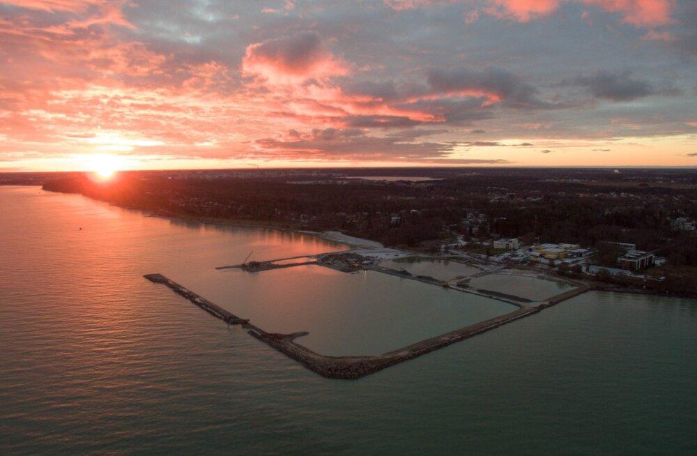 Tuntud Eesti ärimeeste osalusega ettevõte teeb peatatud ehitusloaga Kakumäe sadamasse kopsaka investeeringu
