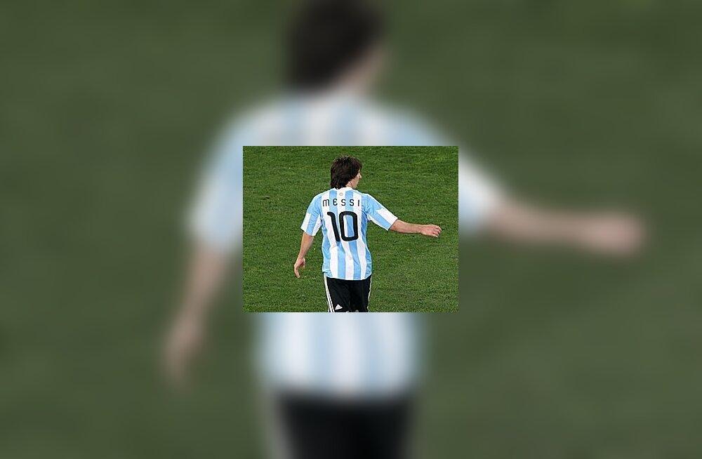 Venemaa jalgpallikoondis loobus sõprusmängust Argentinaga