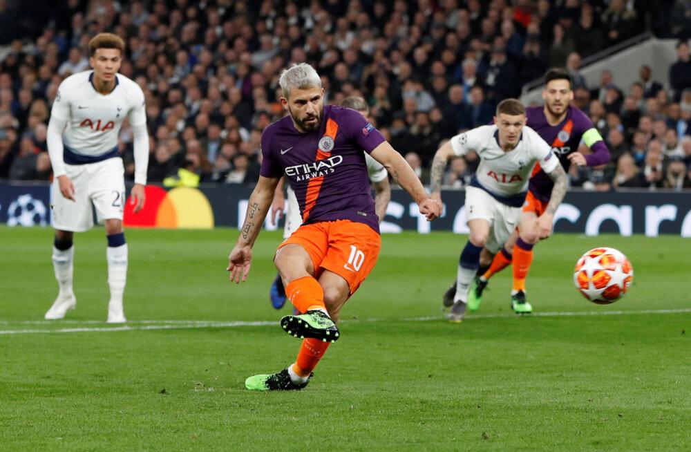 FOTO | Manchester City fännid on marus: Agüero poolt eksitud penalti oleks pidanud minema kordamisele!