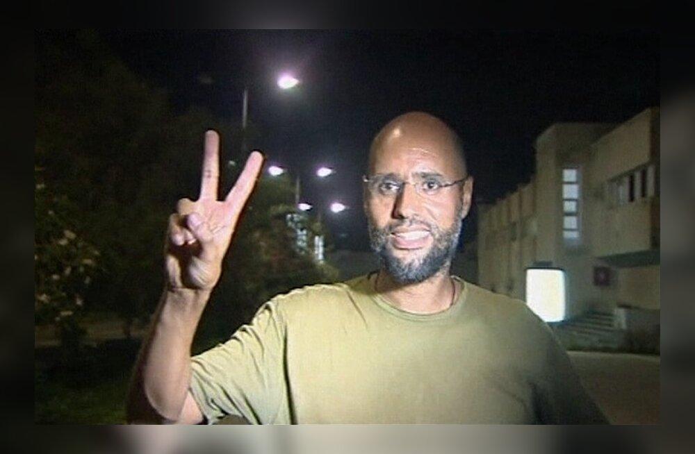 Tripoli hotellis lõksus olnud ajakirjanikud vabastati