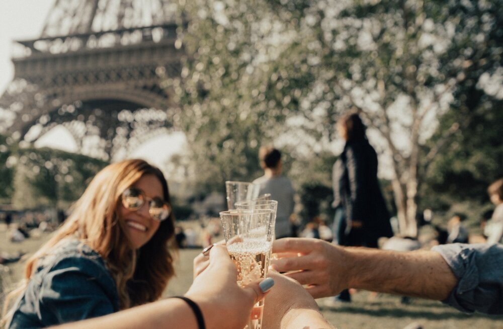 Prantslannad ei lähe kunagi paksuks, on alati stiilsed ja nüüd tuleb välja, et ka nende armusuhted on erilised