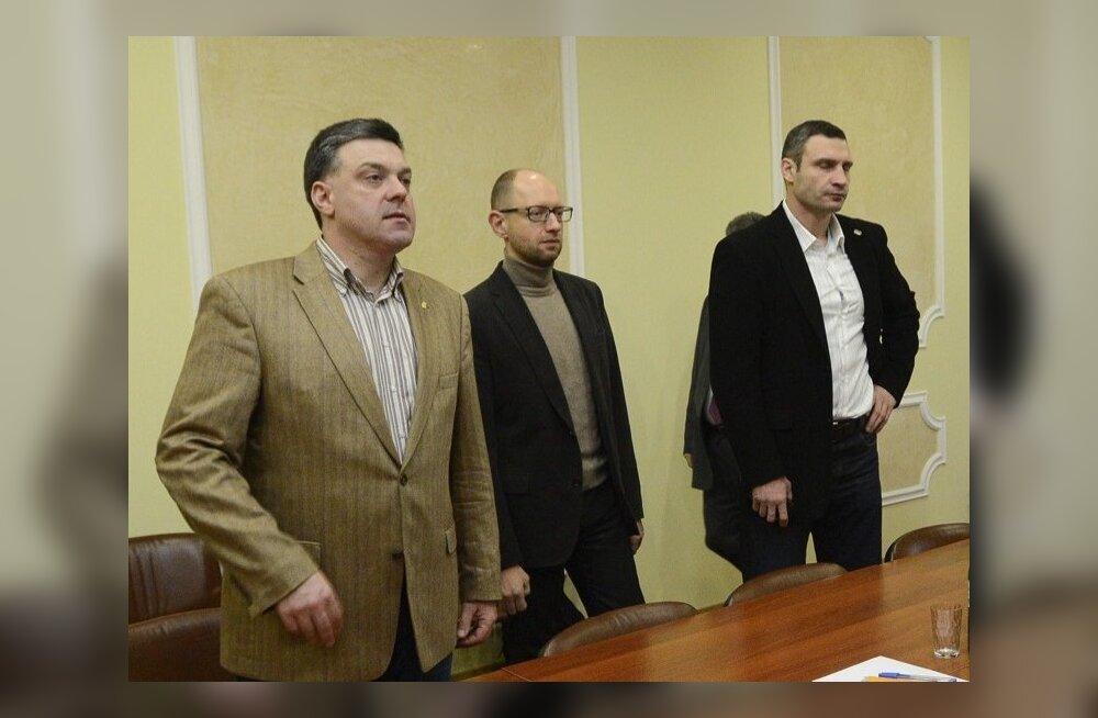 Ukraina opositsiooniliidrid nõustusid Janukovõtšiga läbirääkimisi pidama