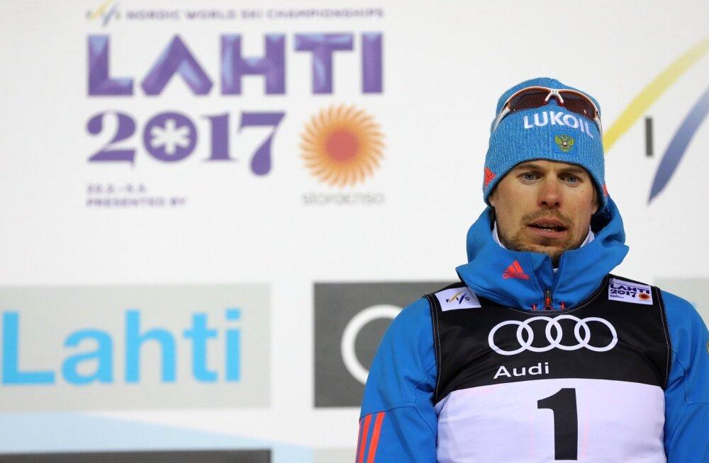 Hõbedase Sergei Ustjugovi ilme reedabtõe.