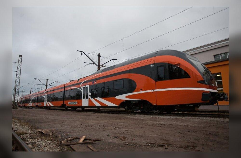 Elektriraudtee uus rong