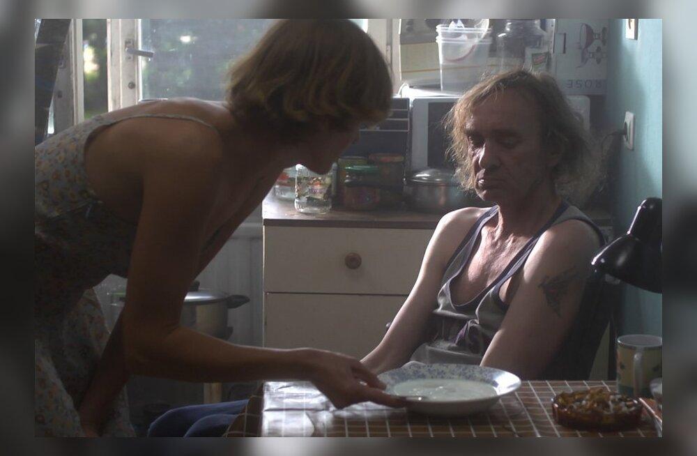"""TREILER: Uus Eesti kolmikfilm """"Karikakramäng II"""" varsti kinodes"""