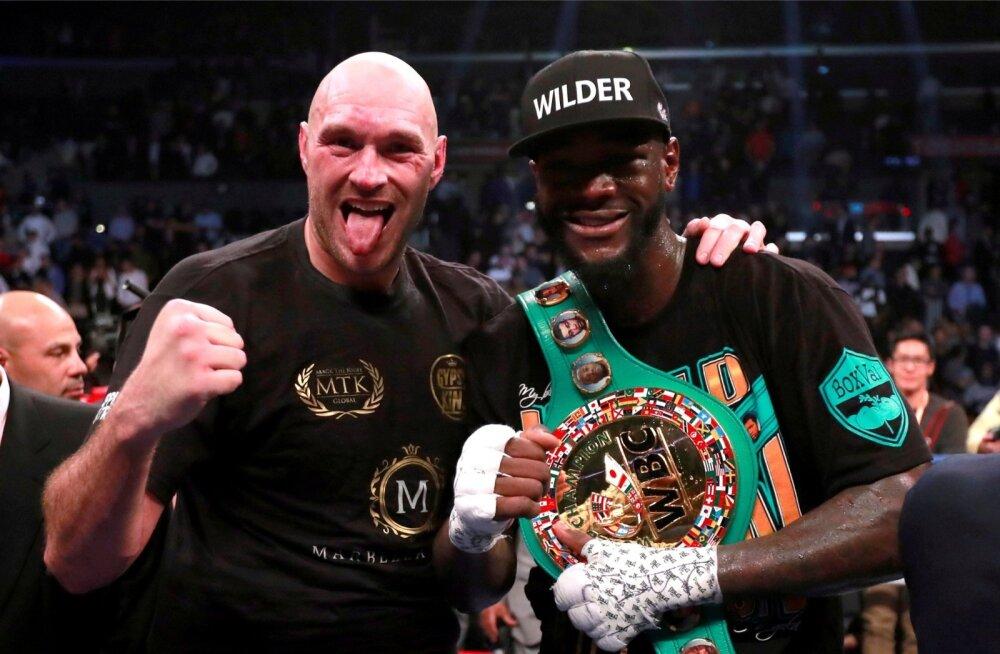 Tyson Fury (vasakul) ja Deontay Wilder panevad taas rusikad kokku.