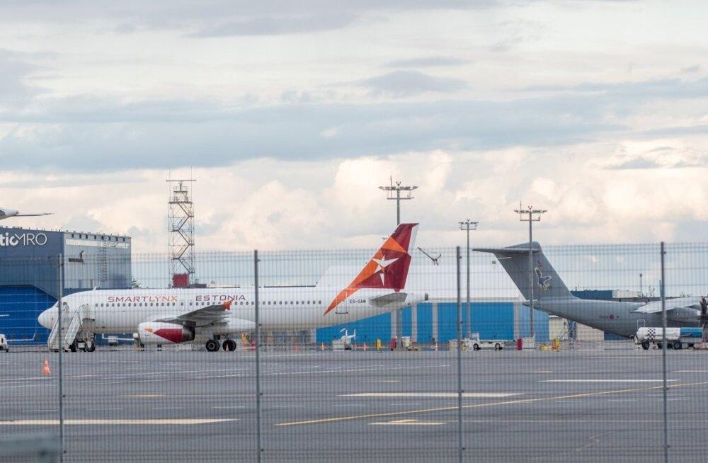 SmartLynxi lennuk Tallinna lennujaamas