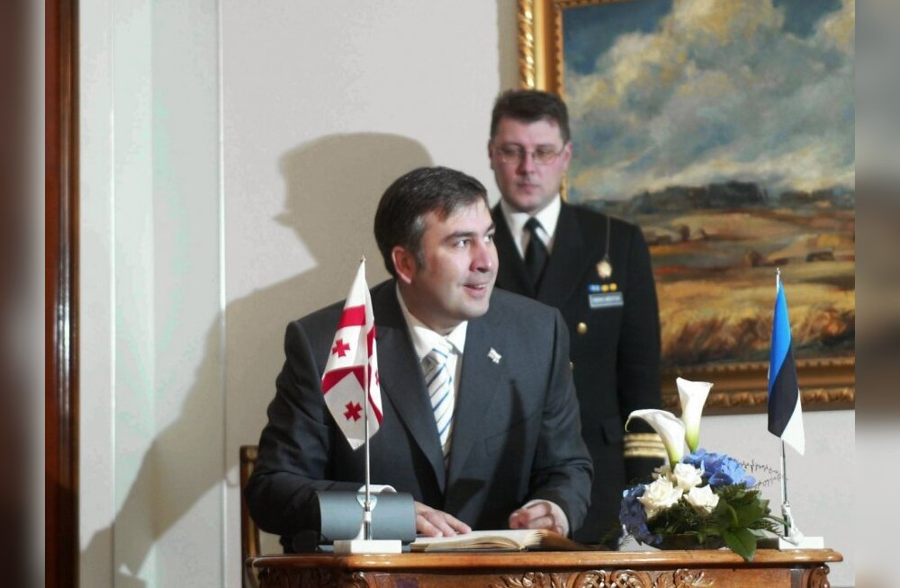 Gruusia president Mikheil Saakašvili 2004. aastal visiidil Eestisse