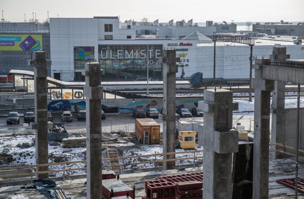 T1 kaubanduskeskus kerkib sisuliselt konkurendi Ülemiste keskuse õuele.