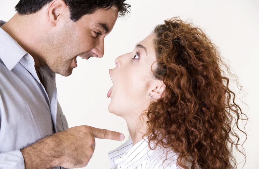 Lugeja kirjutab: kui mõni naine alustab oma mehega psühholoogilist võitlust ja vastu hambaid saab, siis on ta ise loll