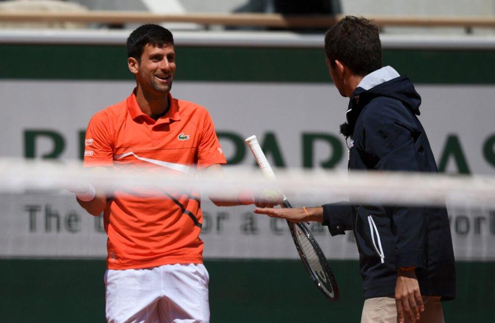 VIDEO | Hoiatuse saanud Djokovic pukikohtunikule: oled sa kunagi üldse tennist mänginud?