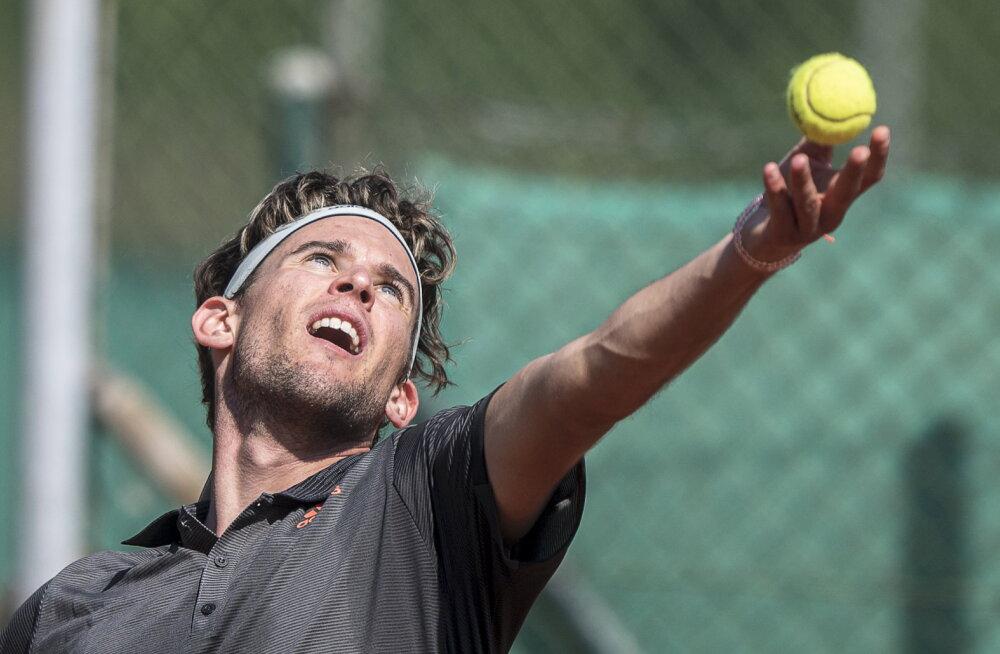 Tennis näitab esimesi elumärke: maailma kolmas reket asub võistlustulle