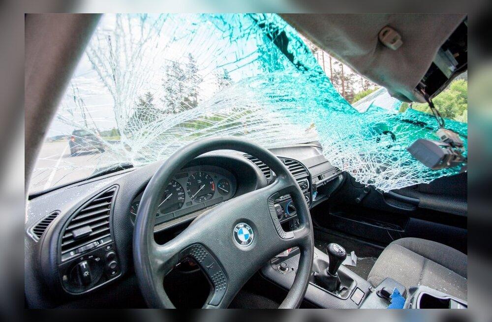 ТАБЛИЦА: Эксперт объяснил, почему автомобили марки BMW в Эстонии попадают в число самых аварийных