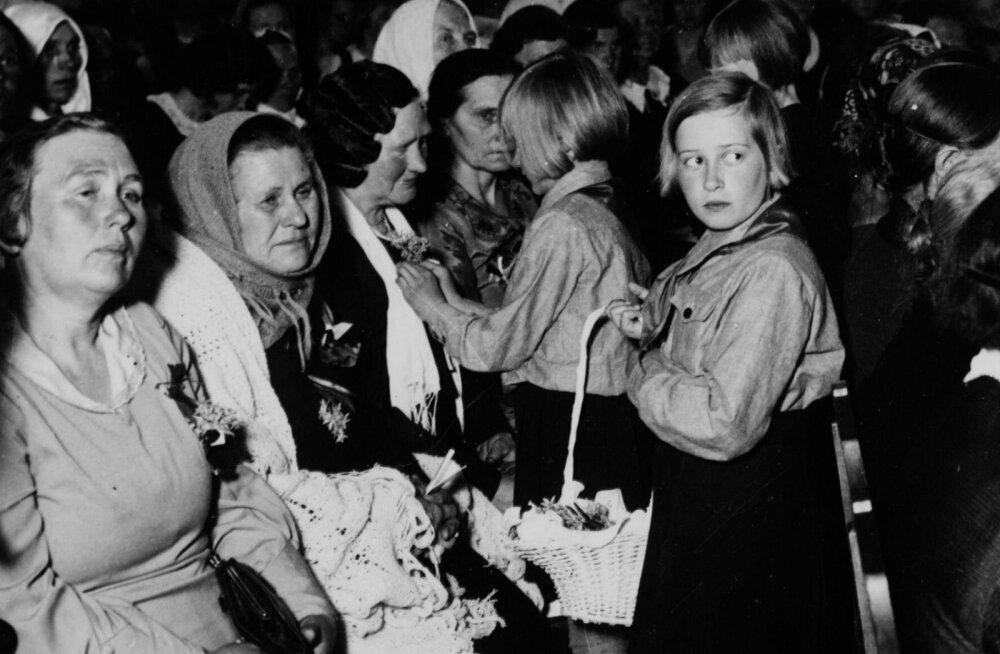 Nagu paradiis: emadepäev Eestis saja aasta eest