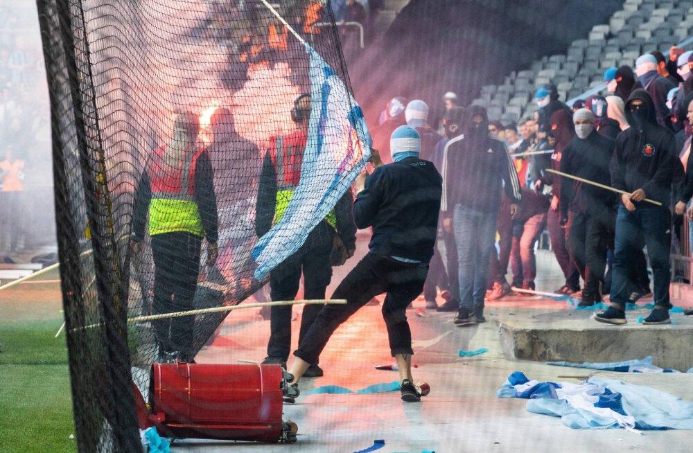 VIDEO   Magnus Pehrsson kaotas endise tööandja vastu karikafinaali, fännid korraldasid põrgumöllu