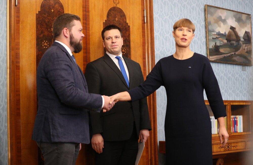 ФОТО: Президент Эстонии утвердила Каймара Кару в должности министра