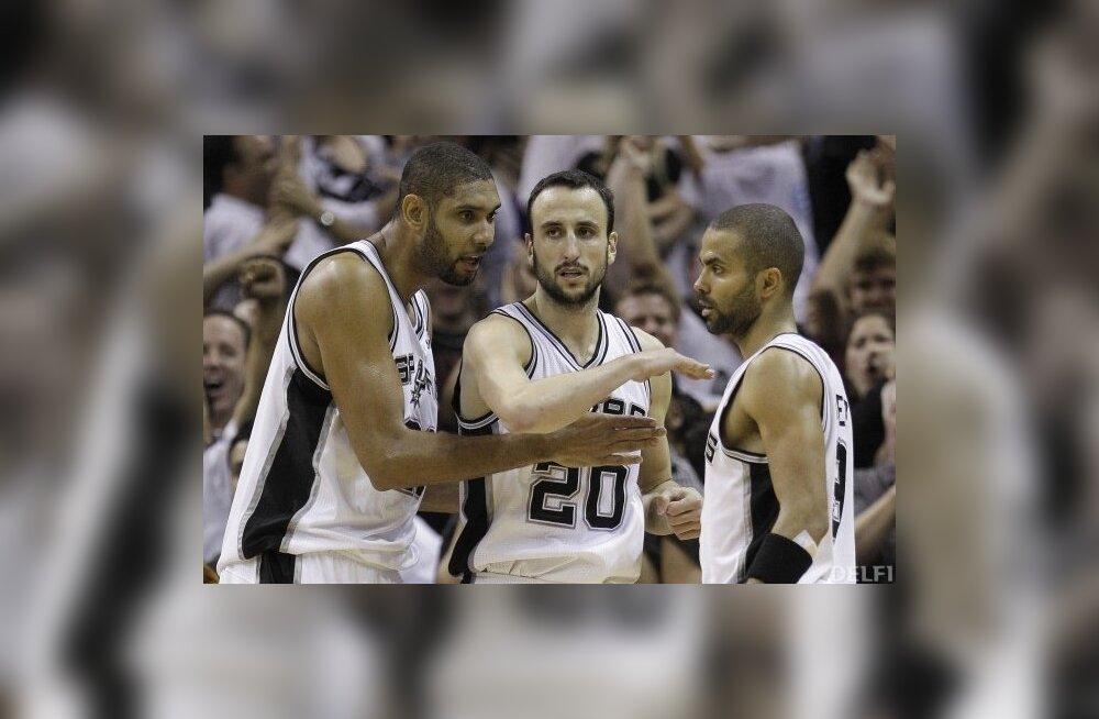 Manu Ginobili (keskel), NBA, korvpall