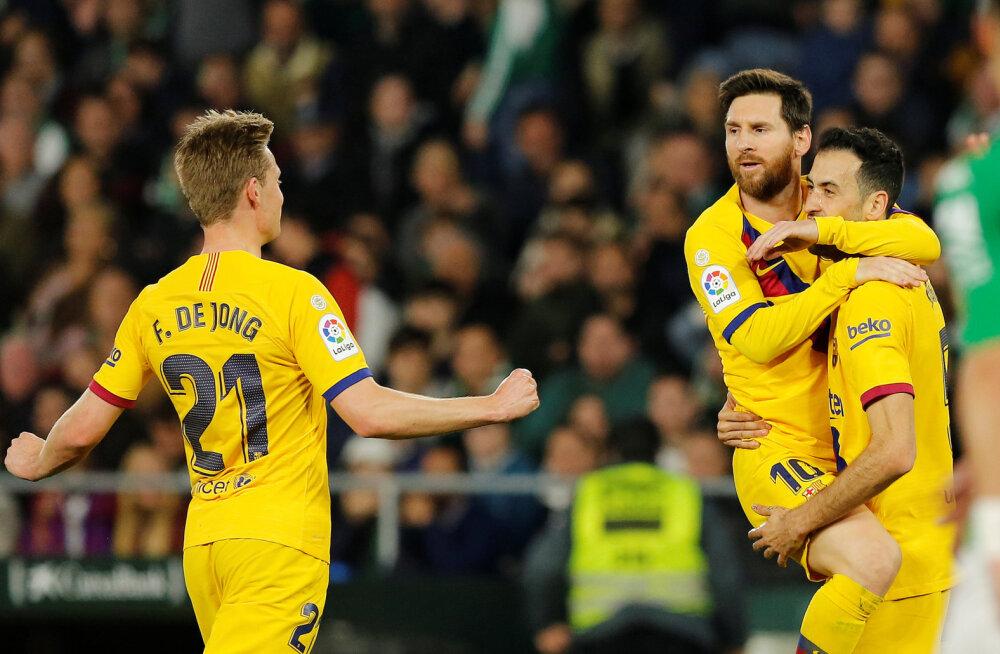 Sisepingetega võitlev Barcelona sai tänu Messi söötudele raske võidu