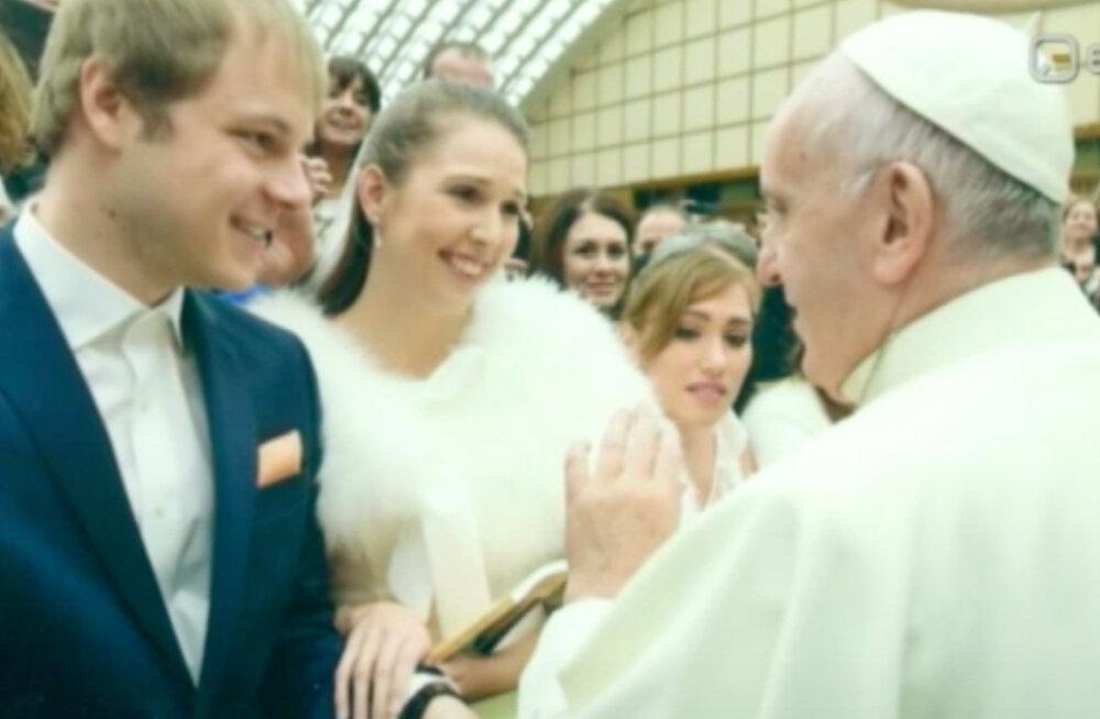 Rooma paavst andis Eesti muusiku värskele abielule õnnistuse: see oli väga eriline sündmus!