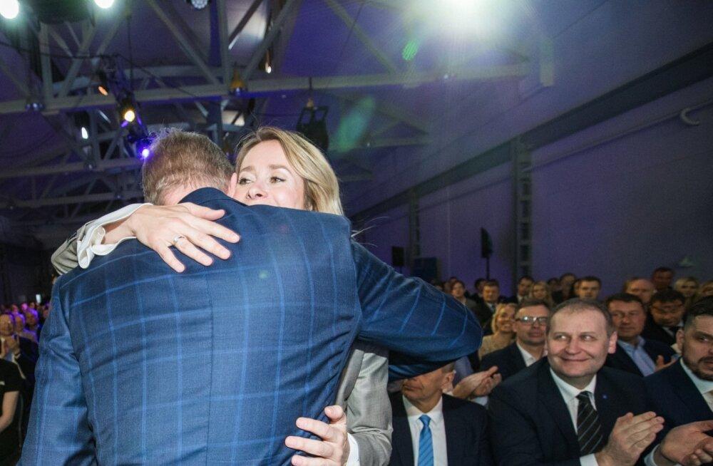 Sotsid peaksid endi jaoks selgeks mõtlema, kuidas muutus nende toetajate suhtumine Reformierakonda sellega, kui Hanno Pevkur andis Kaja Kallasele partei juhtimise üle.