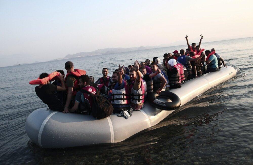 Põgenikud saabuvad Kreeka saartele