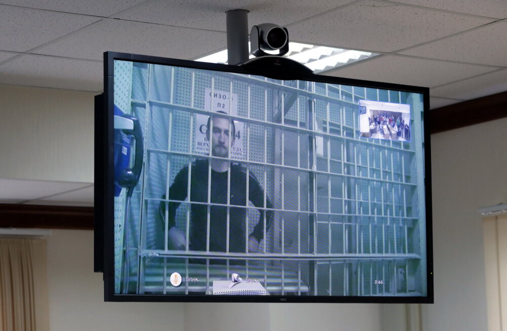 Moskva linnakohus lasi näitleja Pavel Ustinovi allkirja vastu vabadusse