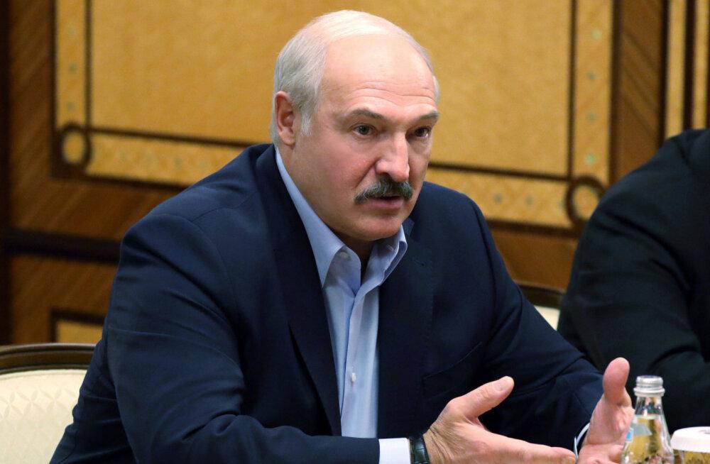 Lukašenka: Valgevenes pole keegi surnud ega sure koroonaviiruse tõttu