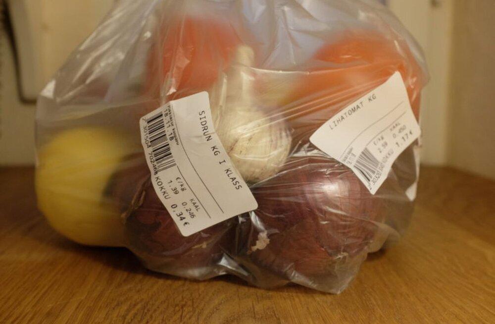 Lihtne viis kilekotitarbimise vähendamiseks - erinevad viljad ühte kotti
