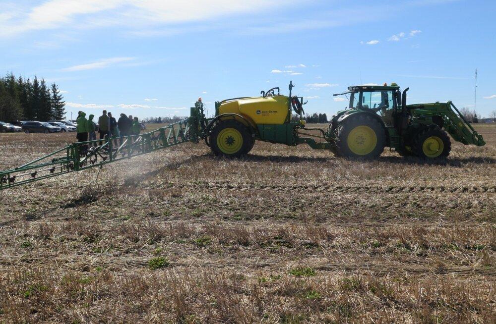 John Deere'i taimekaitse pritside demopäev Kuristal.
