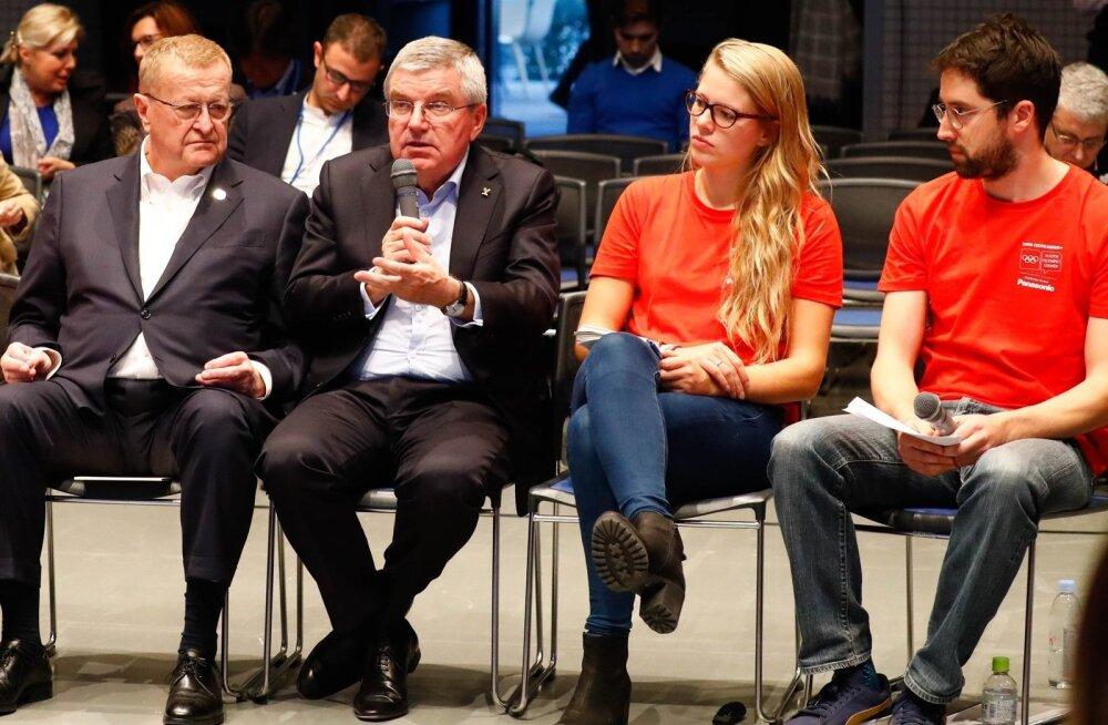 Laura-Maria Tiidla kõrvuti ROK-i presidendi Thomas Bach'iga