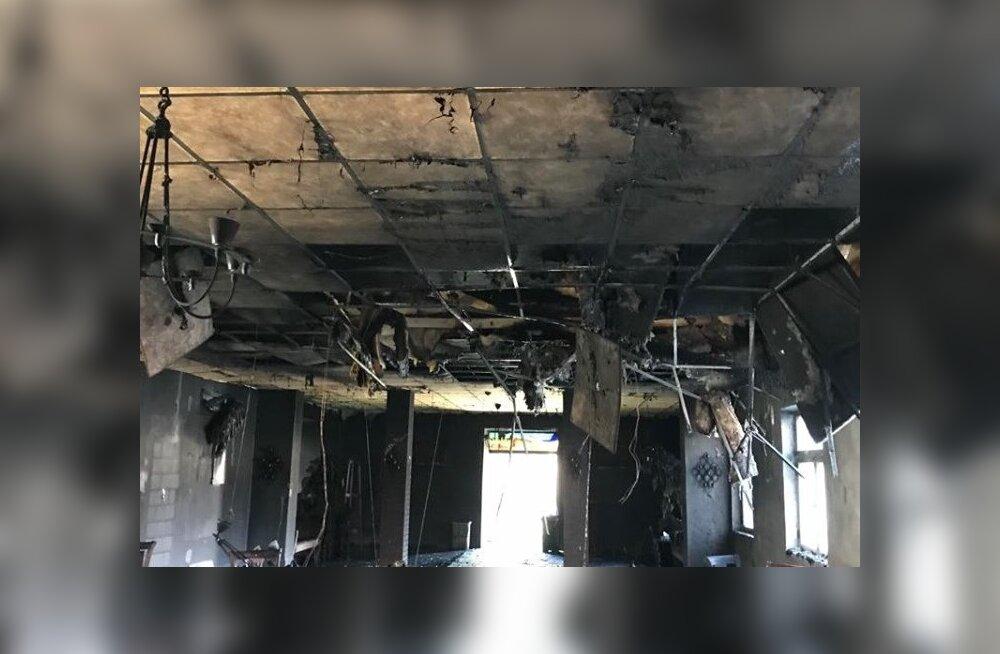 Põlengus said tugevalt kahjustada matusemaja leinasaal ja pööning, samuti saja aasta vanune harmoonium ja elektriorel
