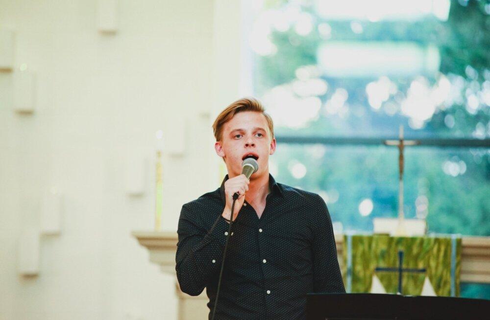 Birgiti ja Jüri Pootsmanni suvelõputuuri kontsert Viimsi kirikus