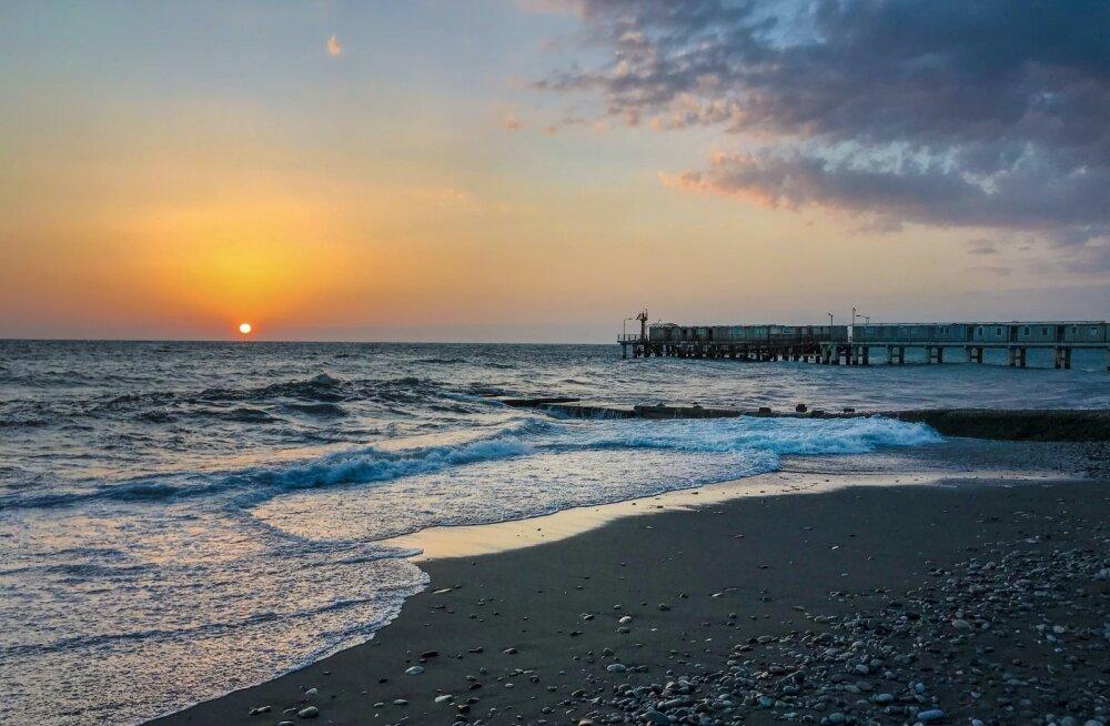 ФОТО | Редкое природное явление в Черном море попало на камеру
