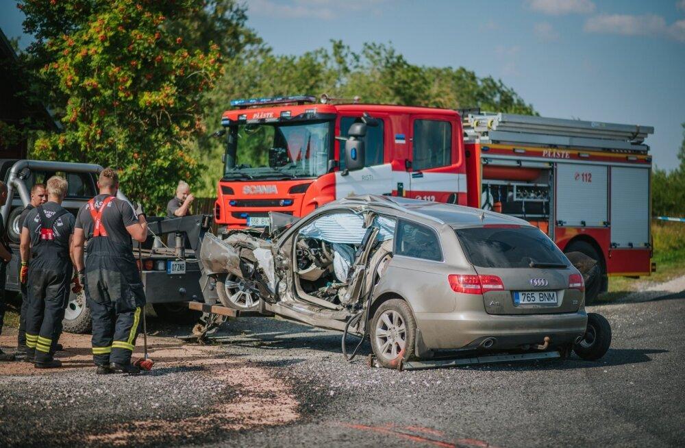 Kahe sõiduauto kokkupõrge Läänemaal