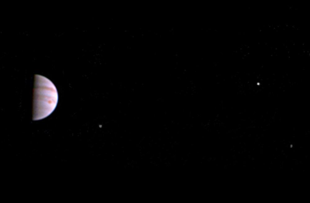 NASA kosmoseaparaadi Juno mootor jukerdab, missiooni järgmine samm lükkub edasi