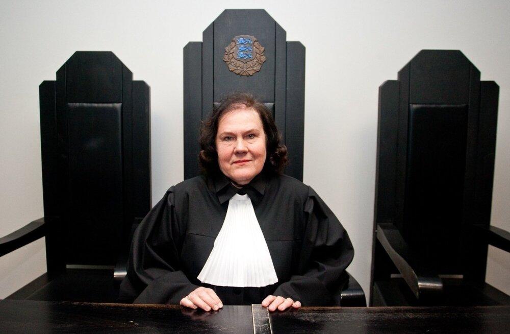Судебные дела затягиваются, а криминальные авторитеты до сих пор не осуждены. Что происходит в Харьюском уездном суде?