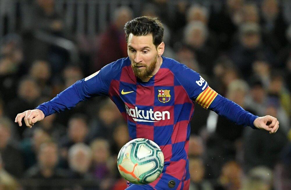 Lionel Messi päästis Barcelona jaoks päeva ja aitas klubi liidriks