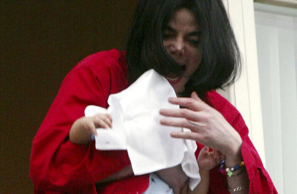 Kus on Michael Jacksoni kõige noorem poeg?