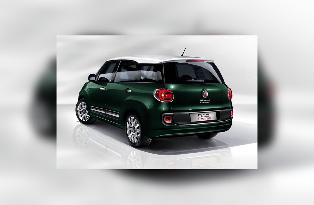 Fiat avaldas uue mahtuniversaali 500L Living
