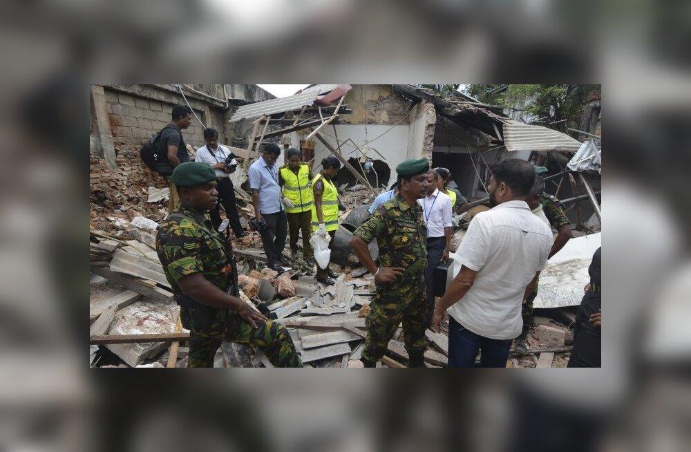ФОТО, ВИДЕО и ОНЛАЙН-БЛОГ: На Шри-Ланке произошла серия взрывов: более 200 погибших