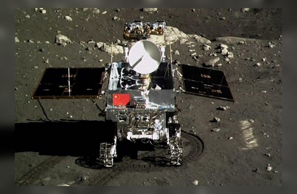 REUTERSI VIDEO: Hiina kosmosesond ja kulgur maandusid Kuul