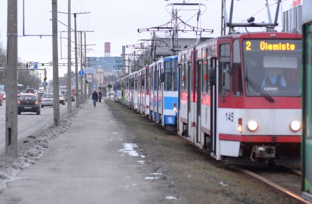 Летом трамвайное движение до Балтийского вокзала снова закроют, на замену придут беспилотные автобусы