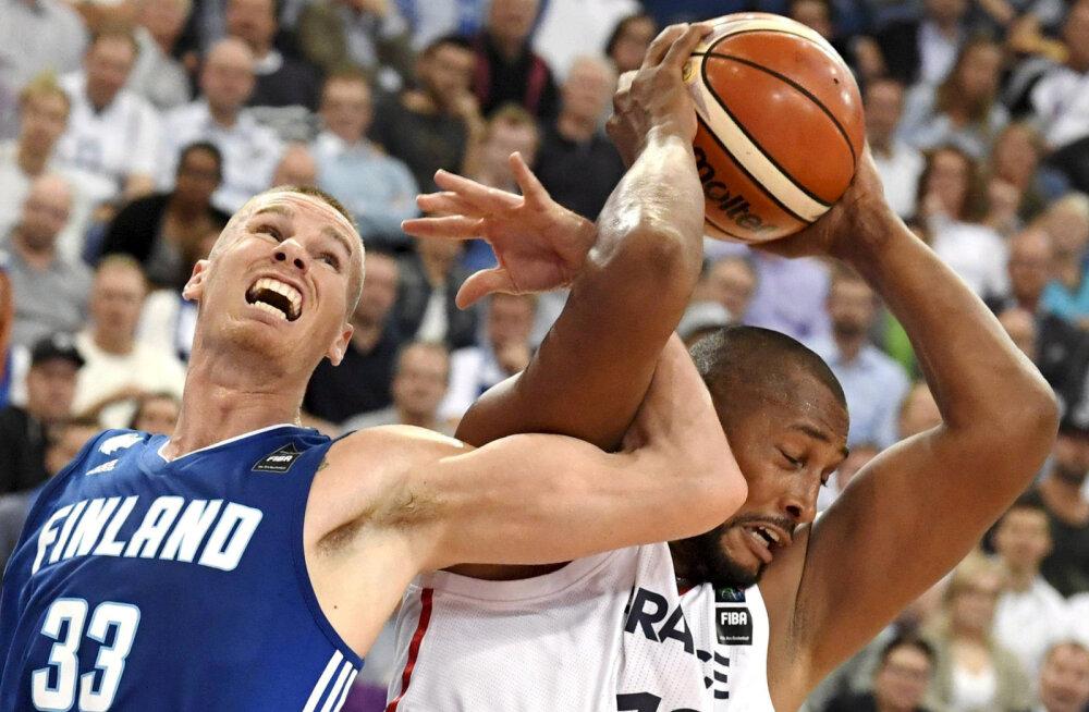 Boris Diaw ja Erik Murph, Prantsusmaa vs Soome
